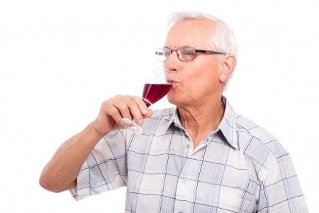 alter mann wein gesund